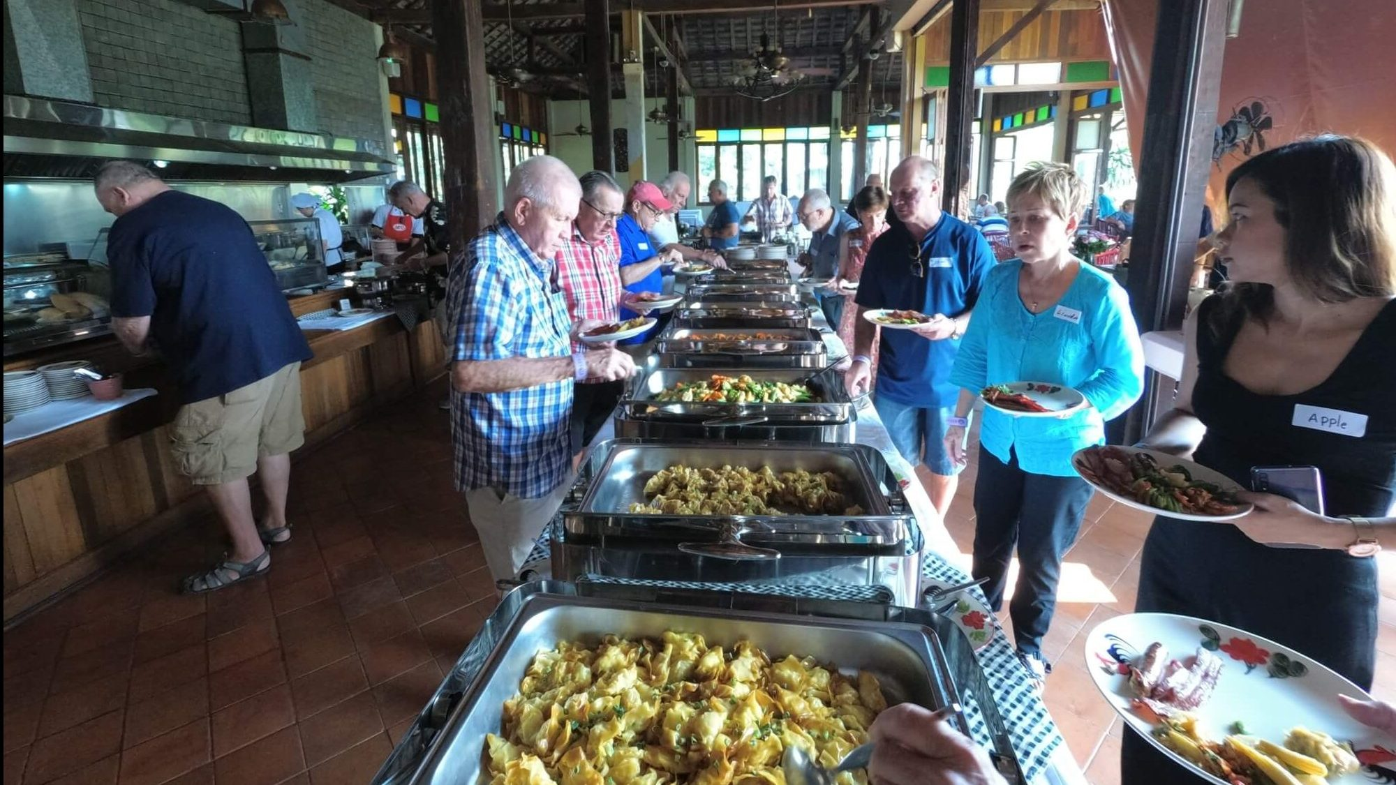 chiangmaiexpatsclub chiang mai expats club breakfast 111